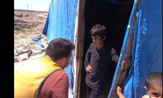İhtiyaç sahibi Suriyeli ve Türk ailelere gıda kolisi dağıtımı yapıldı