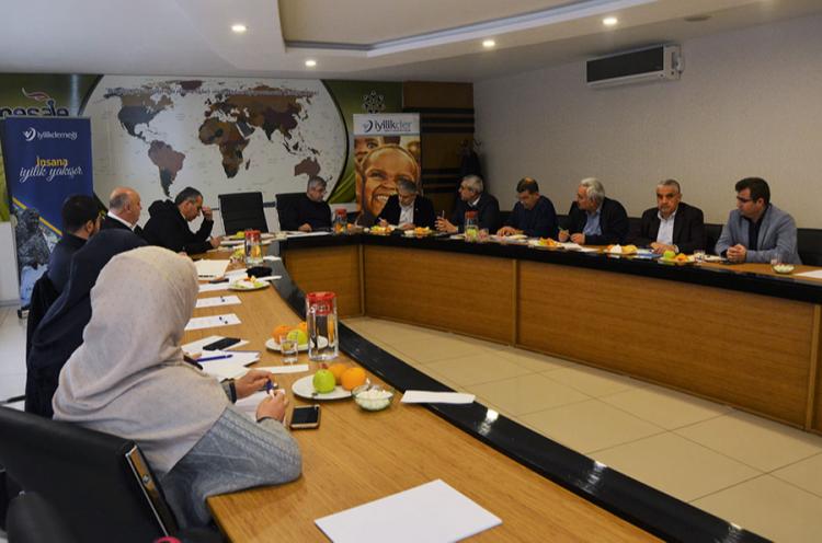İyilik Derneği Yönetim Kurulu Malatya'da Toplandı