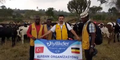 """""""#Türk insanının iyiliğini sevgisini merhametini taşıyoruz biz."""""""