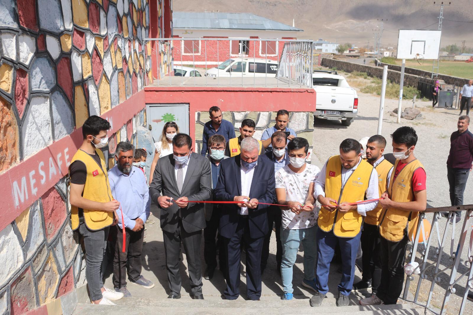 İyilik Derneği Doğubayazıt'ta İki Köy Okulunun Daha Tadilatını Tamamladı